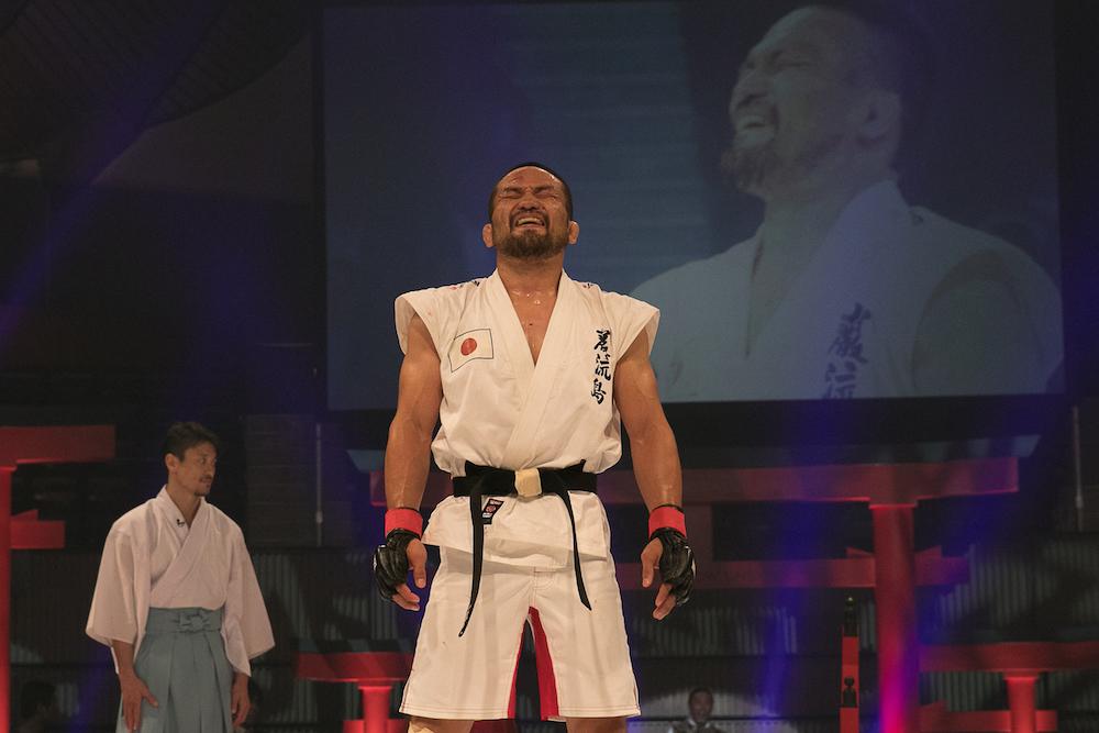 漫画のような異種格闘技戦【巌流島】で菊野克紀選手が優勝!
